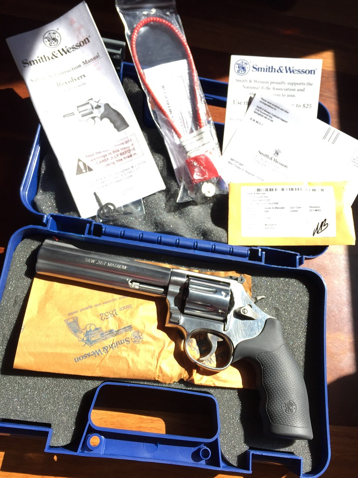Smith & Wesson 686 Plus 6 inch Stainless 7shot Used