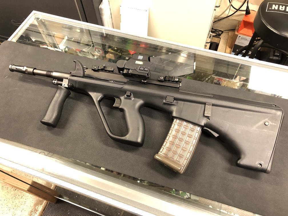 "STEYR AUG M1 A3 556N 16"" 30RD NATO BLK w/EOTECH USED"